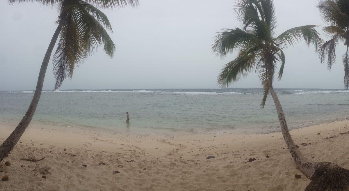Playa Fronton swimming.