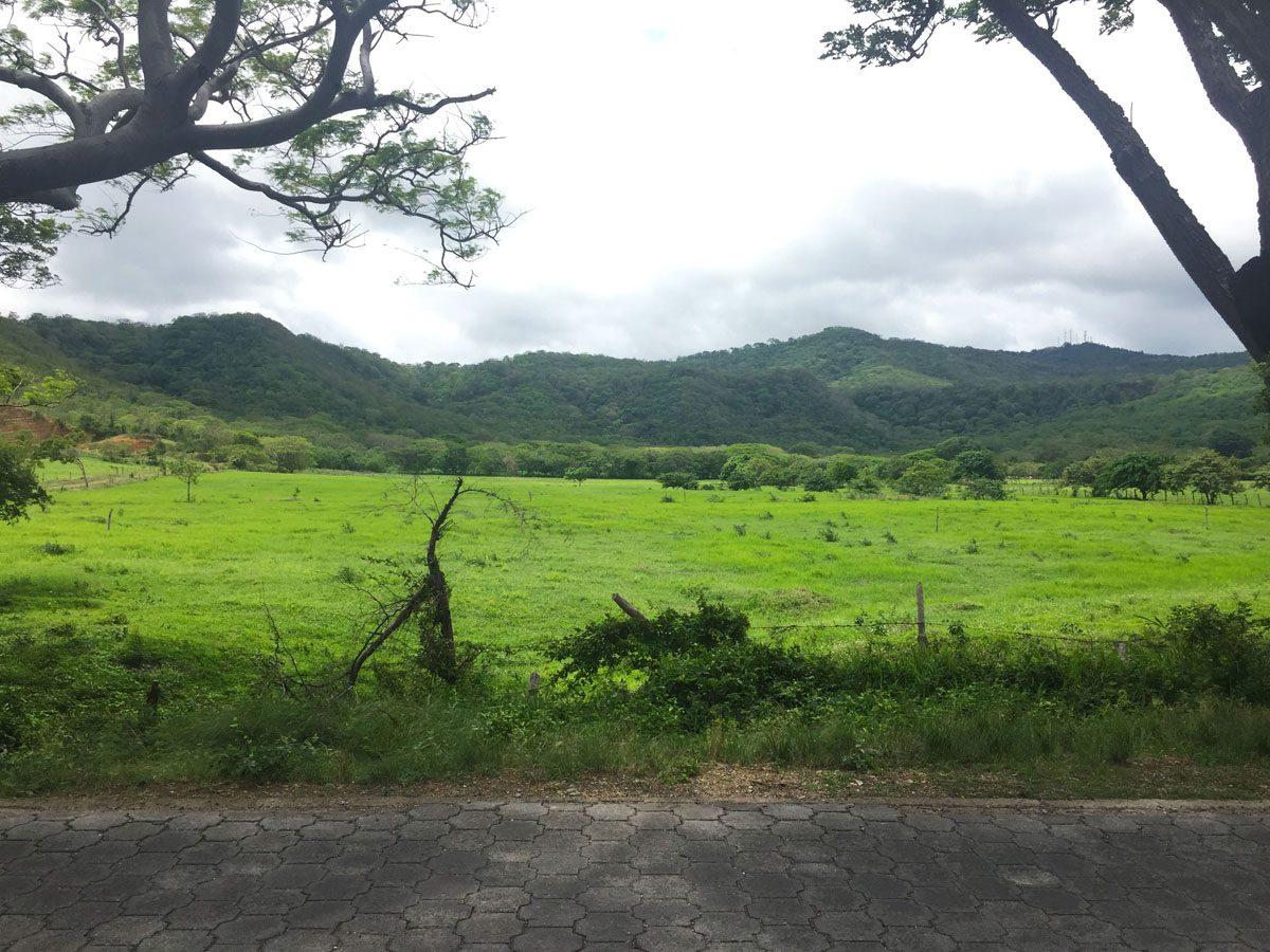 San Juan del Sur walk to town.