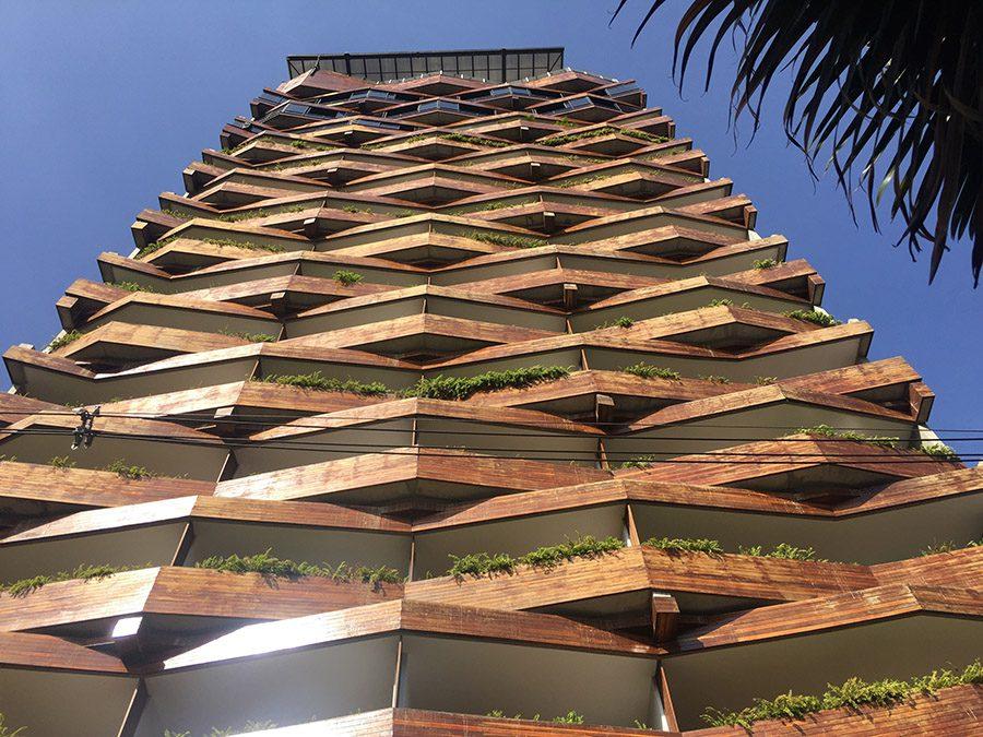poblado medellin building