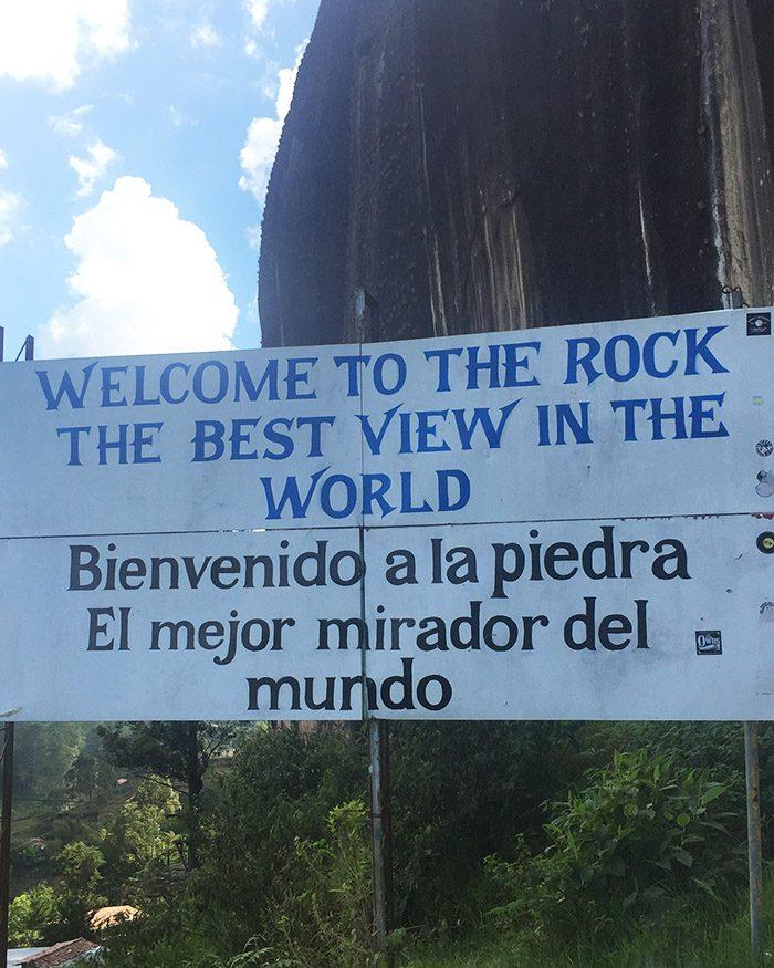 sign at la piedra guatape colombia