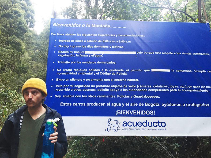 sign to hike Quebrada la Vieja  Bogota