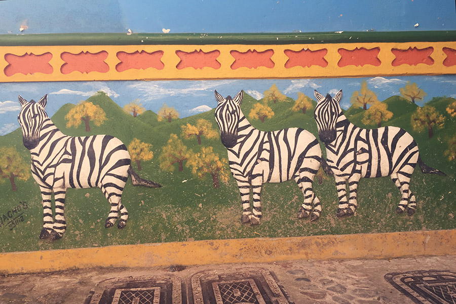 wall art in guatape colombia