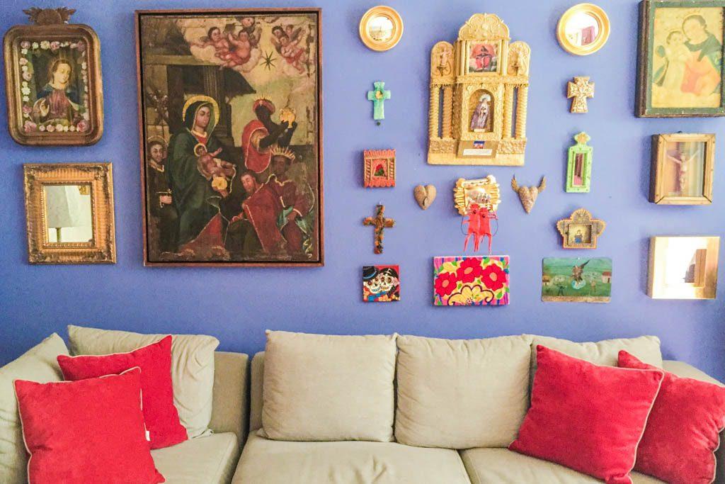 living room wall las bugambilias