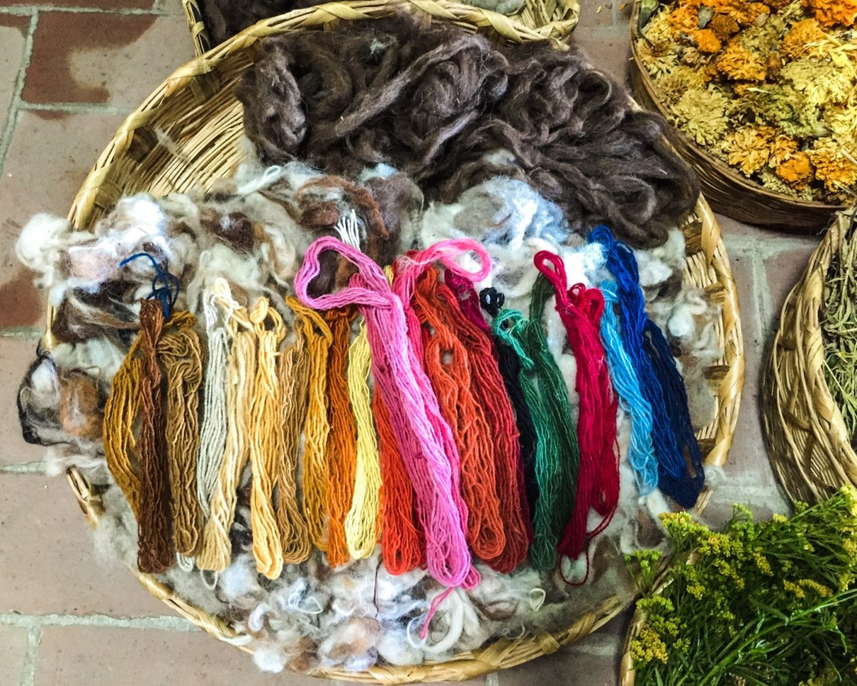 spinning wool oaxacanatural dyes teotitlan del valle