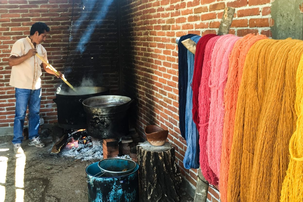 natural dyes textiles in oaxaca