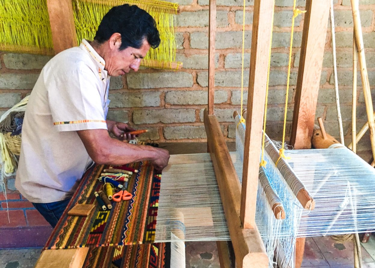 zapotec weaving in teotitlan del valle
