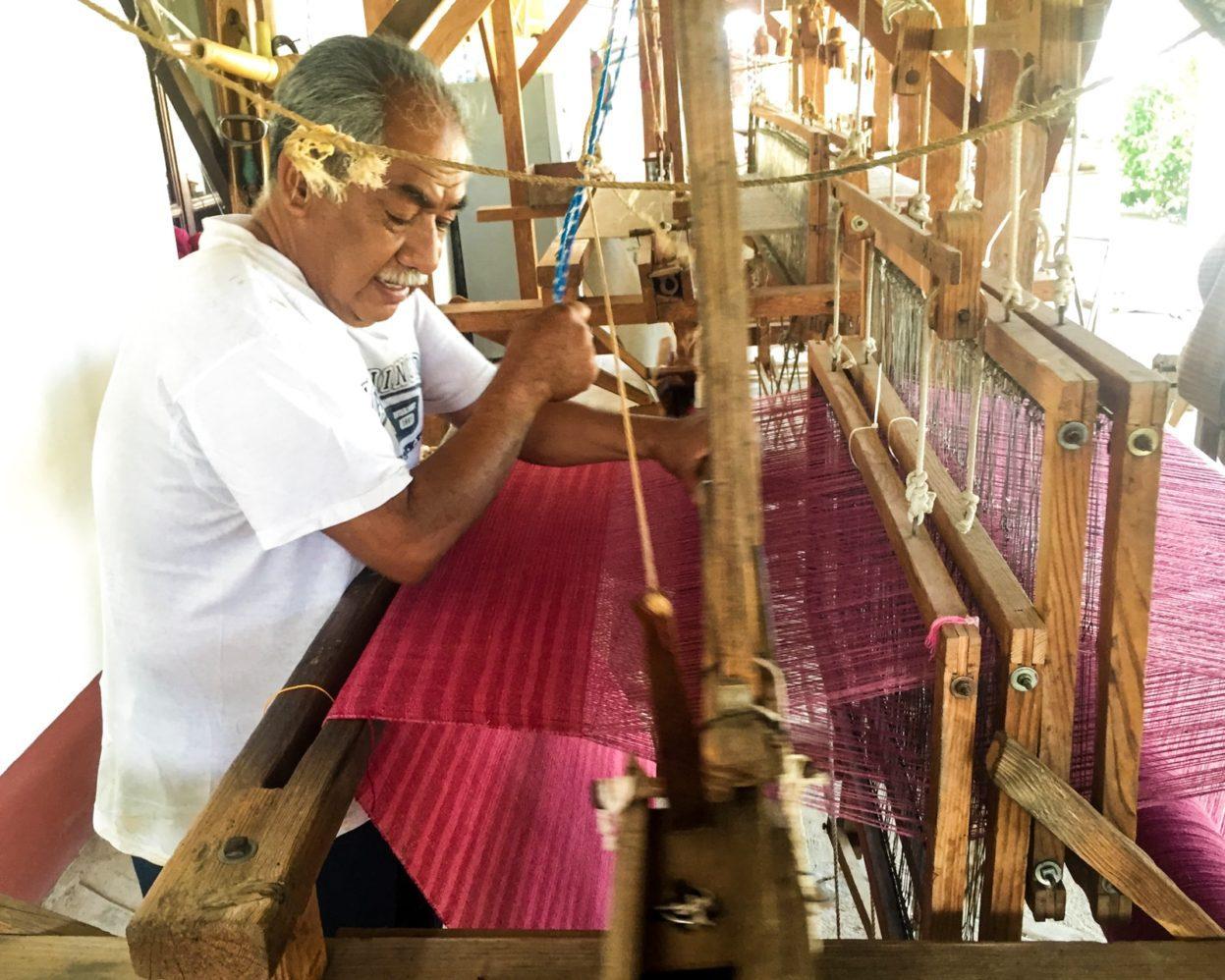 loom weaving mitla oaxaca