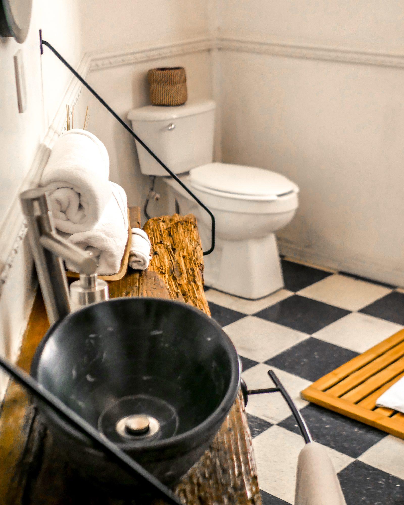 Chiapas suite bathroom