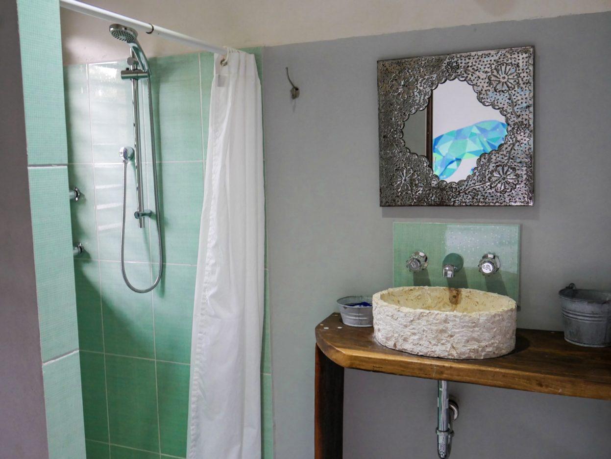bathroom huitzical tulum
