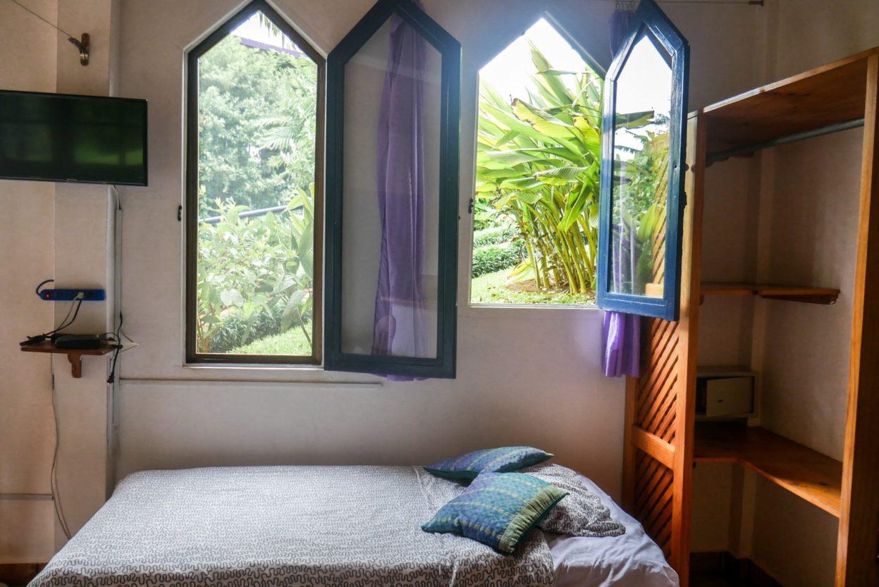 boquete hotel bedroom