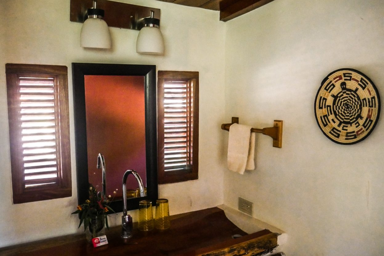 bathroom la finca cambutal