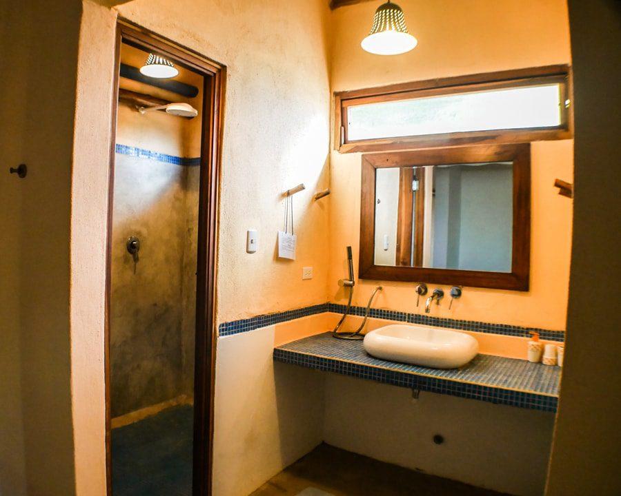 casa lajagua bathroom