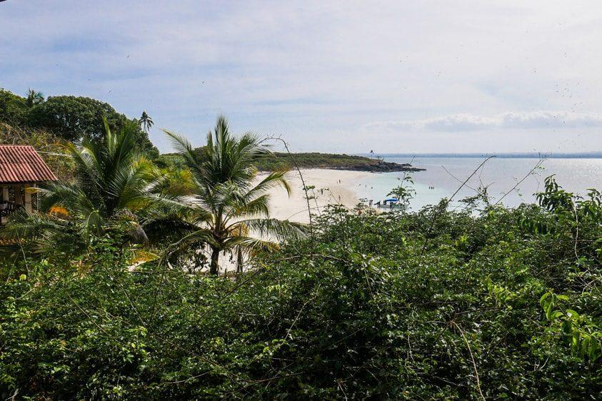 isla iguana view of the beach