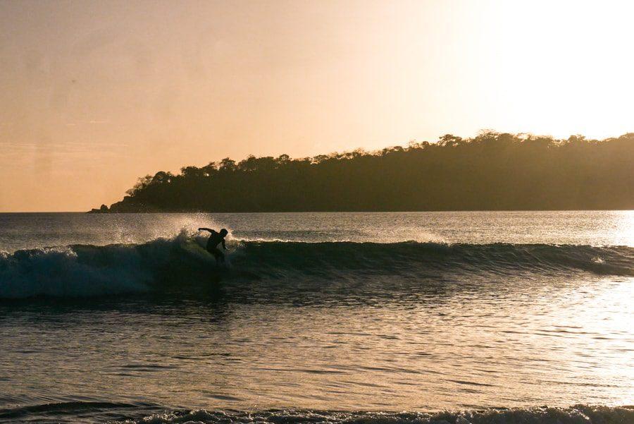 playa venao panama surfer