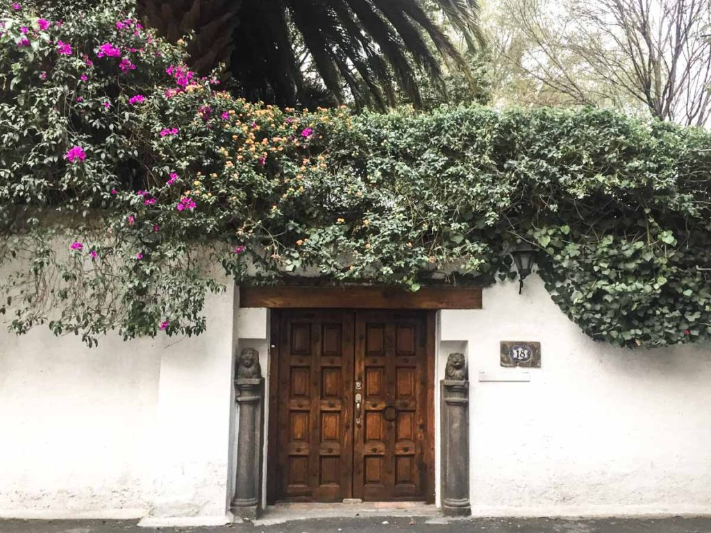 mexico city travel coyoacan building