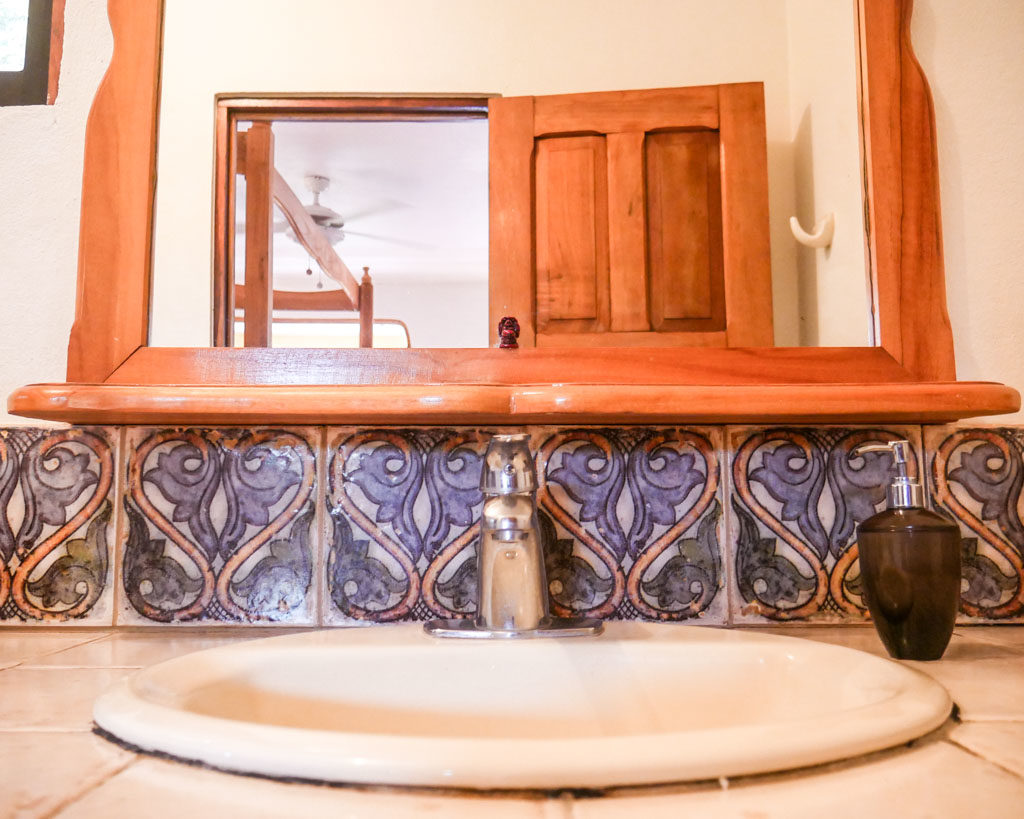 bathroom costa rica yoga peace retreat