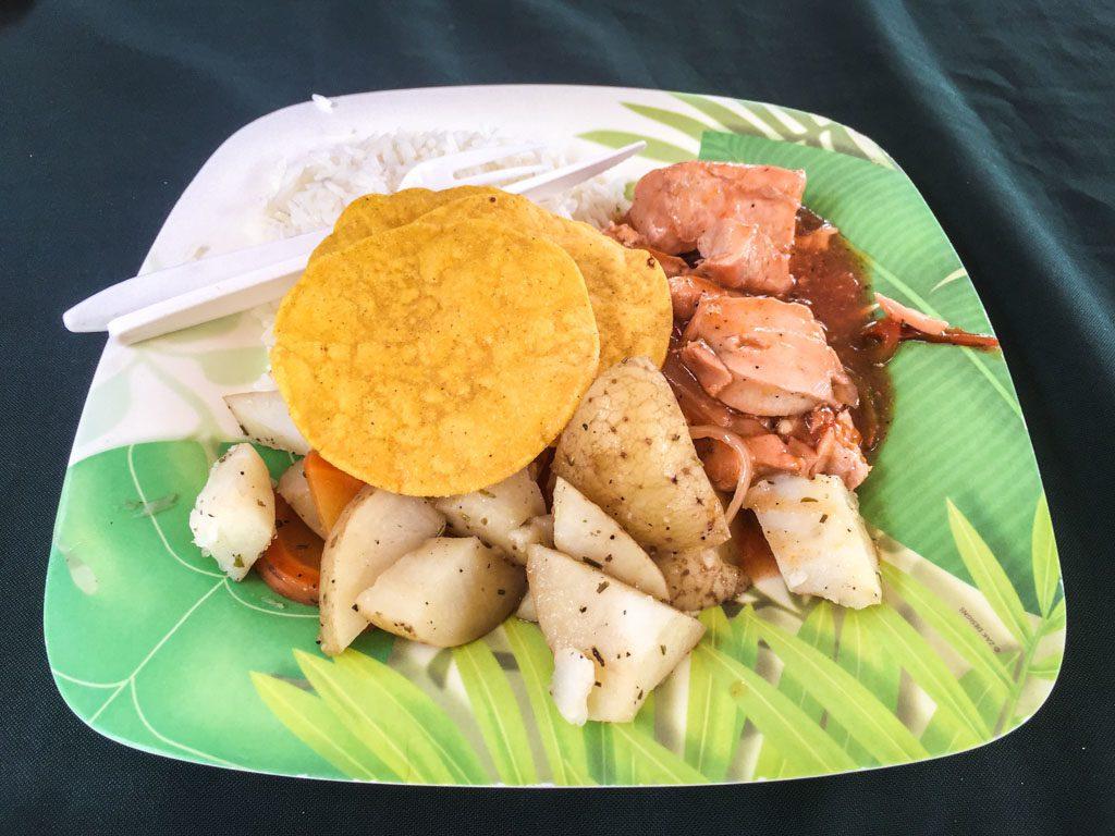lunch cocozuma traveler costa rica