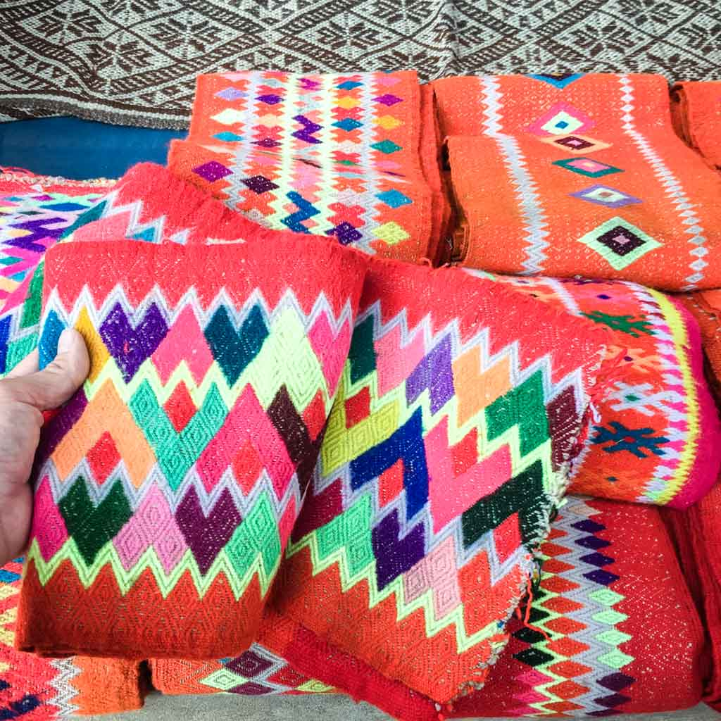 what to do in cusco, artisan market