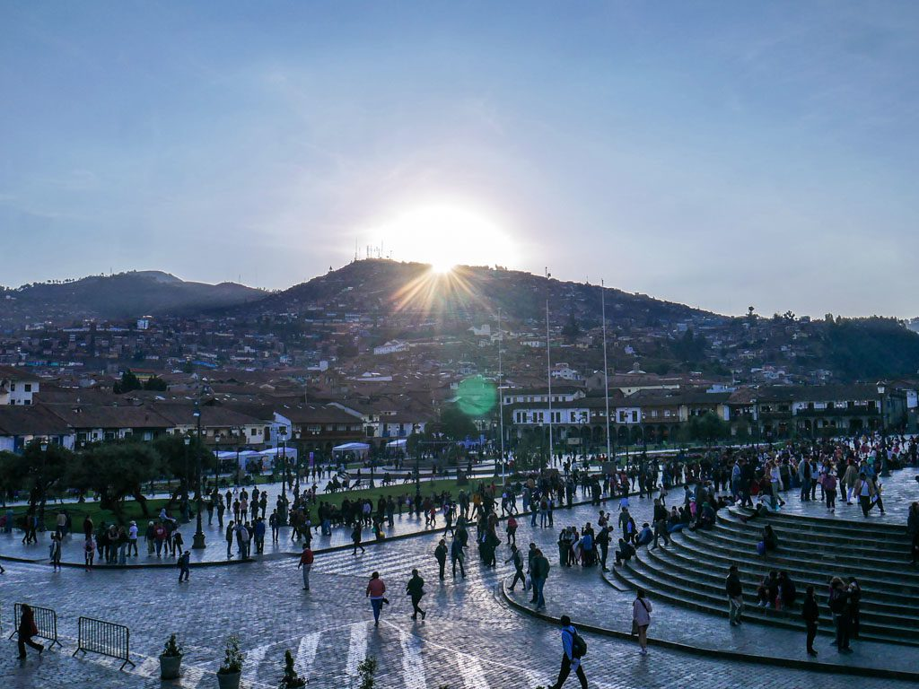 what to do in cusco plaza de las armas