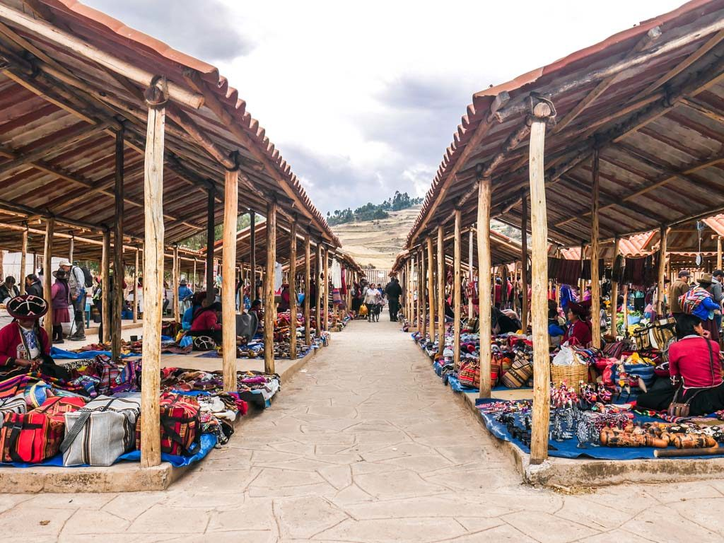 chinchero market sunday