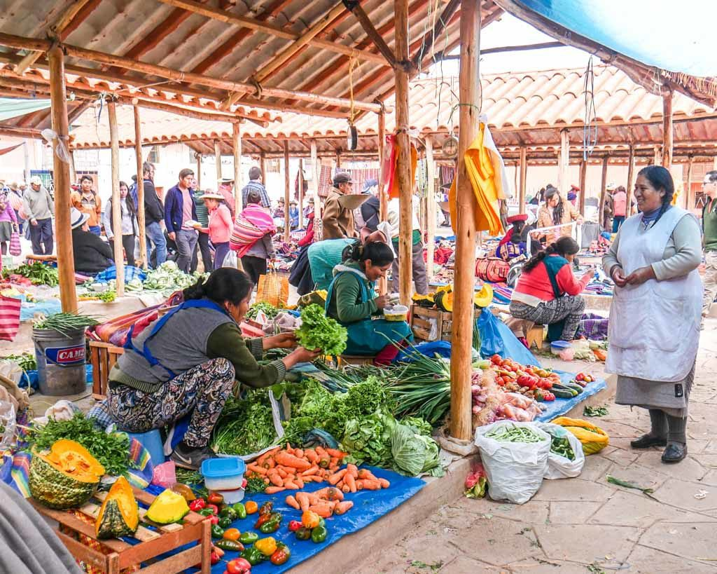 what to do in cusco chinchero market