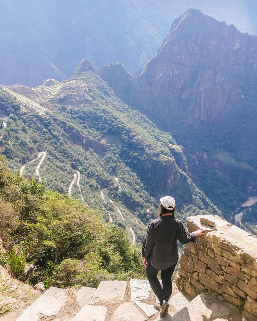 short inca trail hike to see machu picchu