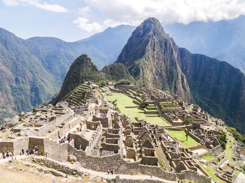 ruins at machu picchu tour