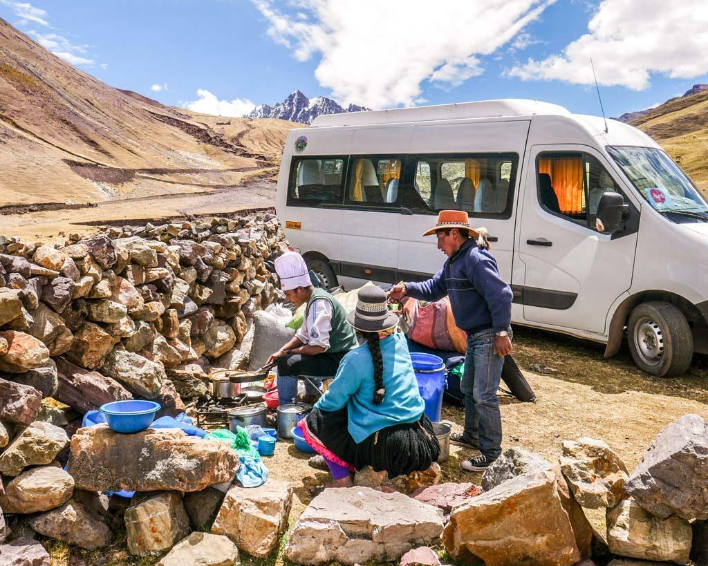 lunch ayni peru rainbow mountain tour