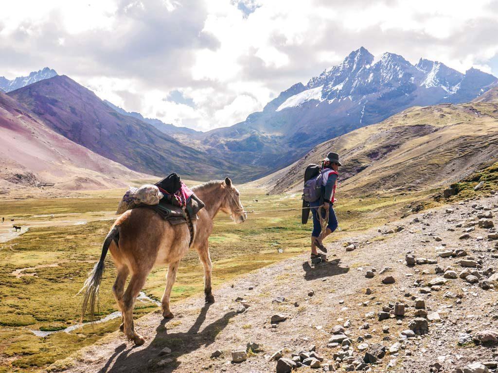 rainbow mountain trek cusco