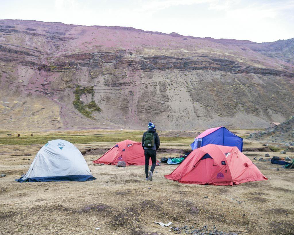 campsite rainbow mountain trek