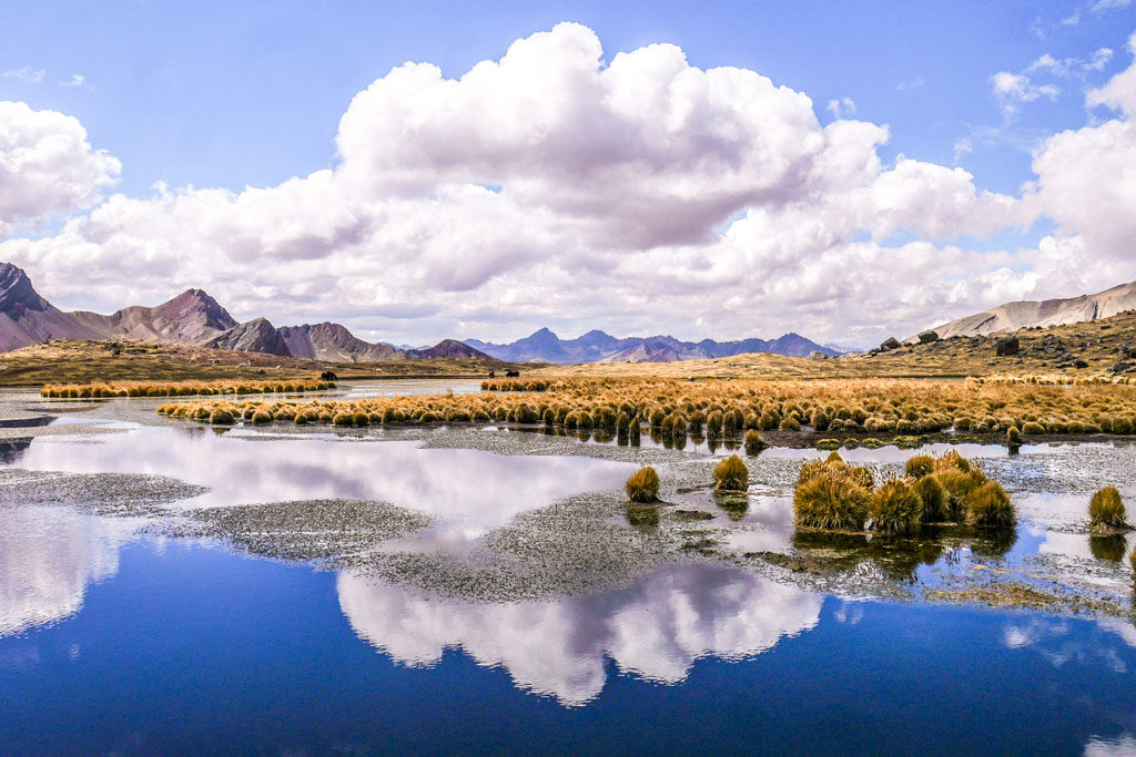 ausangate mountains lake