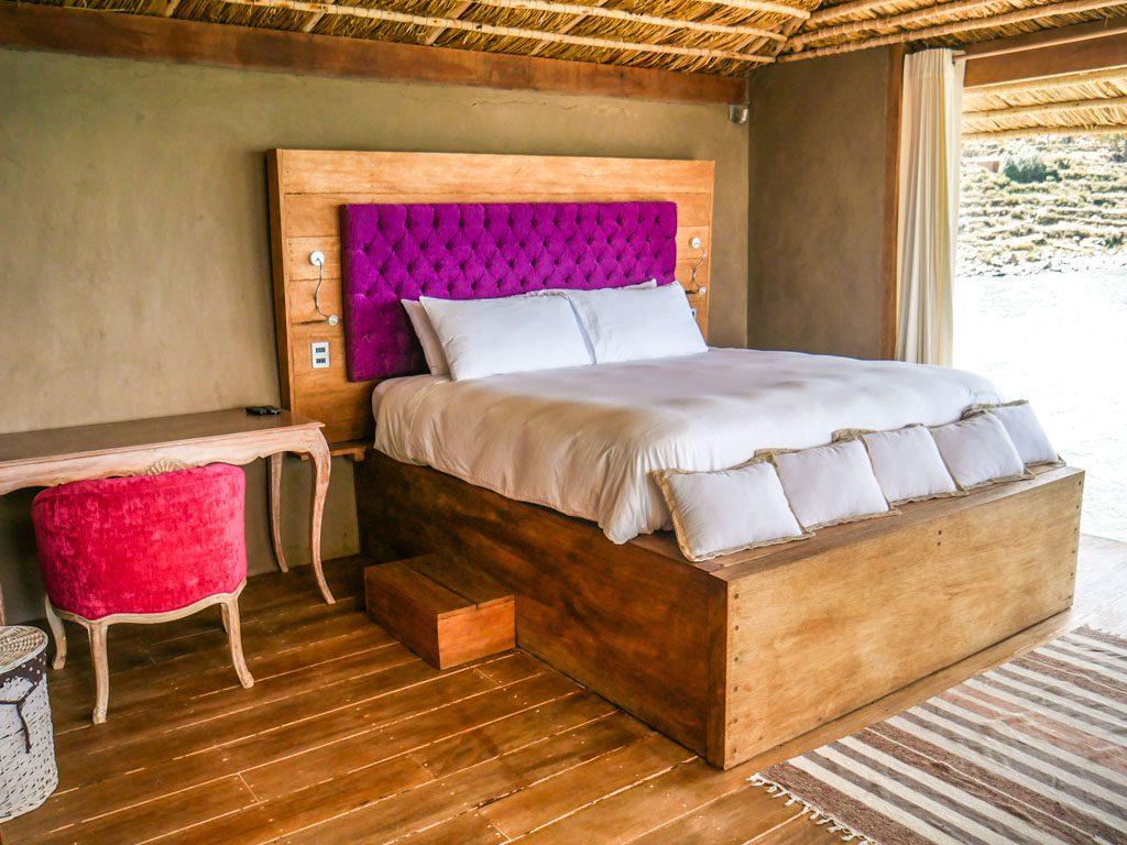 lake titicaca hotel bed