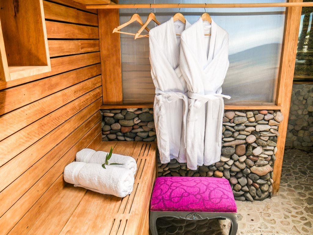 lake titicaca bathroom