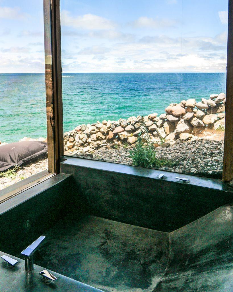 lake titicaca hotel hot tub