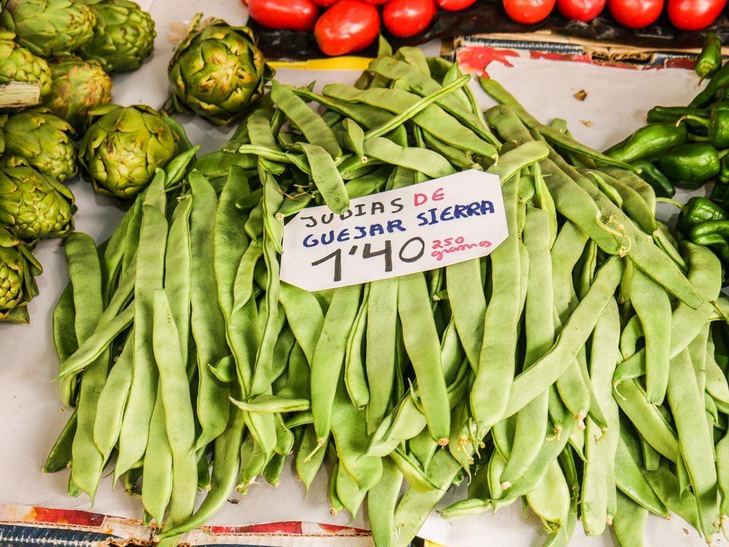 fruit stand granada food tour