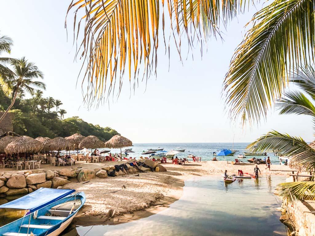 playa mismaloya puerto vallarta beaches