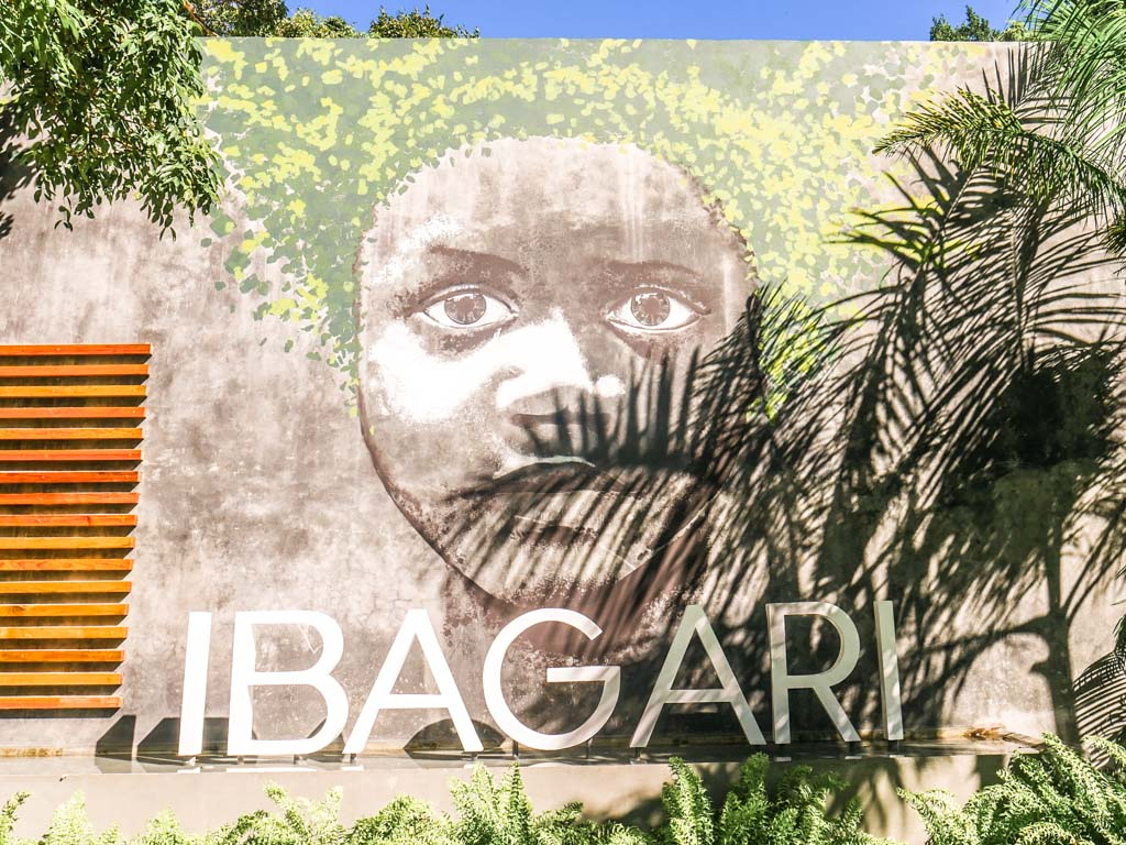 ibagari boutique hotel roatan sign