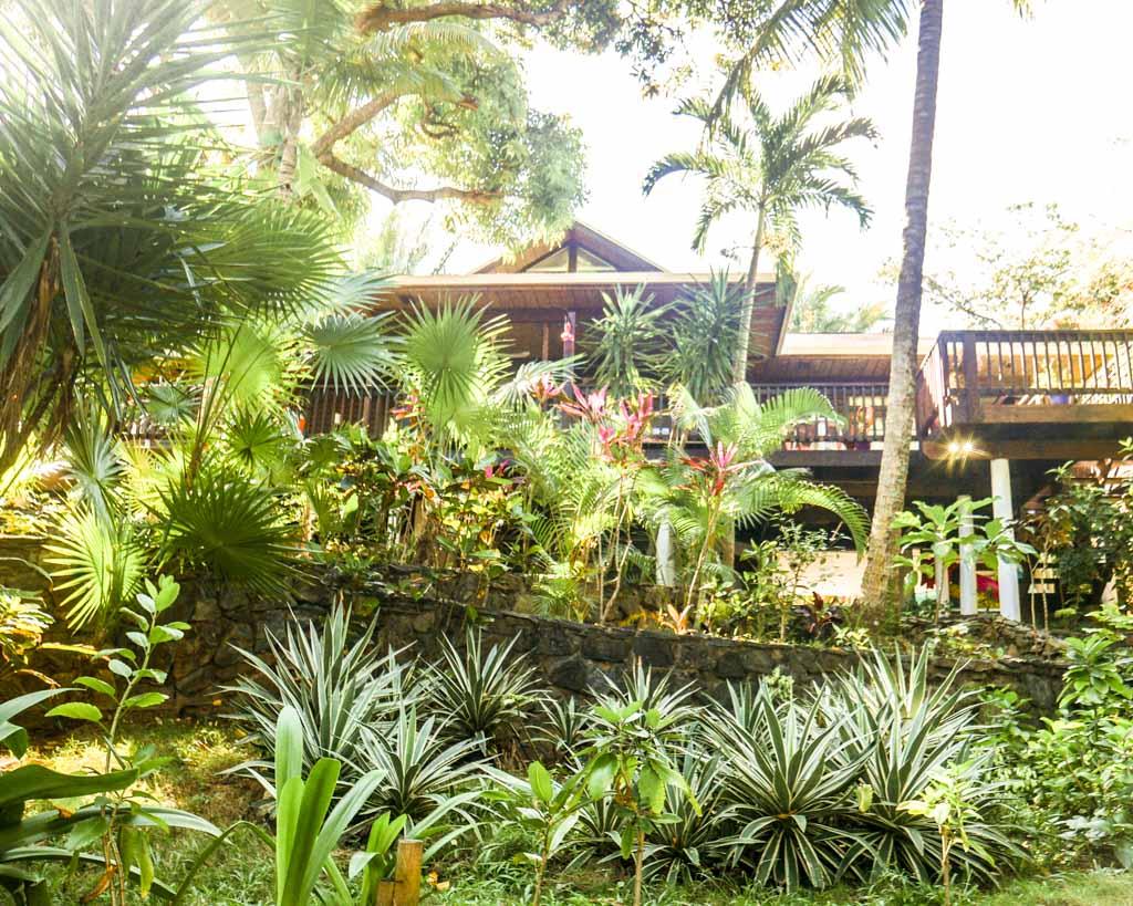 roatan hotel gardens