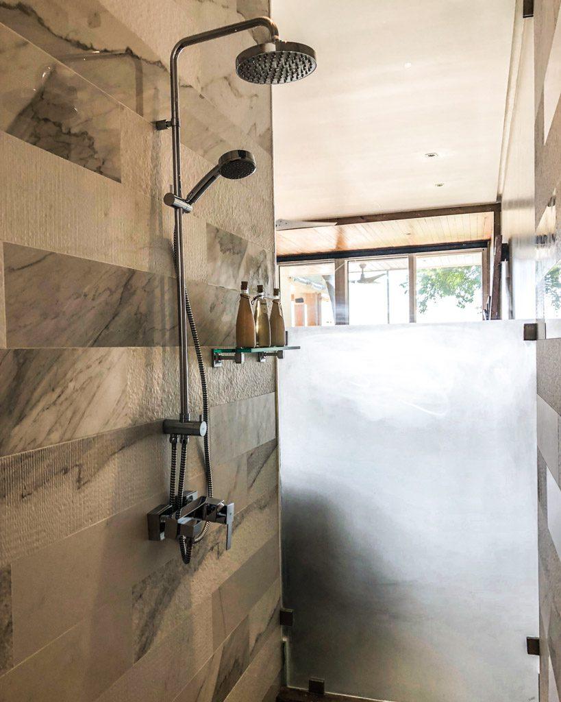 shower west bay roatan hotel