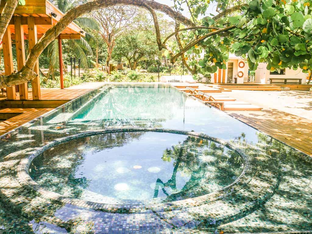west bay hotel pool roatan
