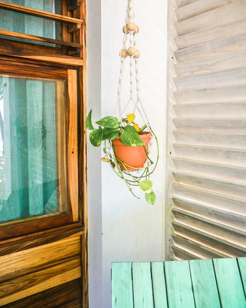 details at camp bay lodge color