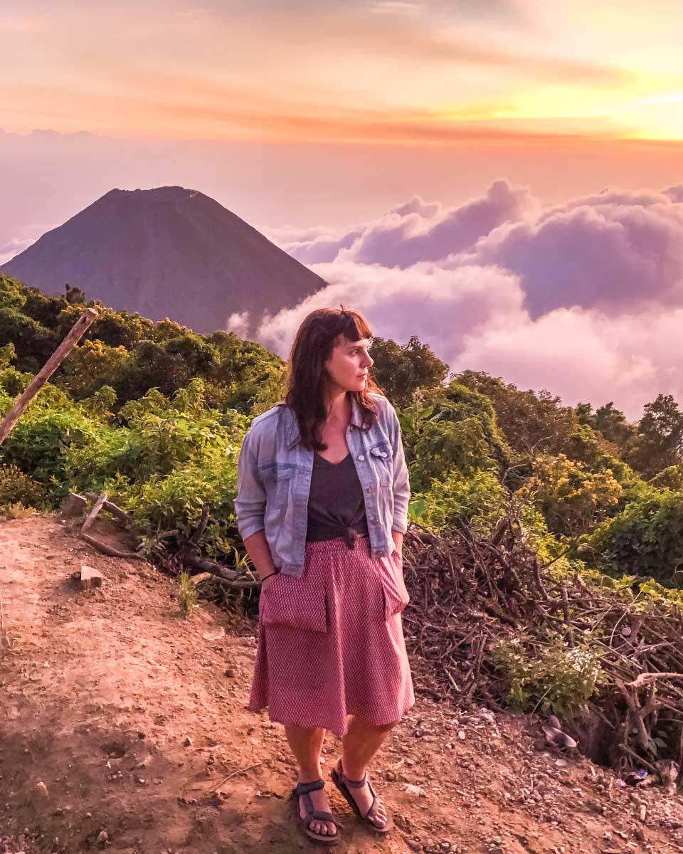 el salvador travel volcanos