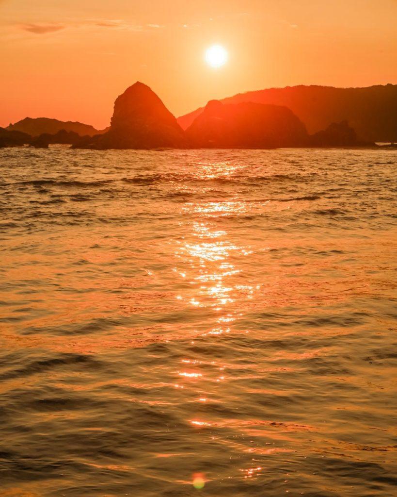 best beaches oaxaca san agustinillo sunset