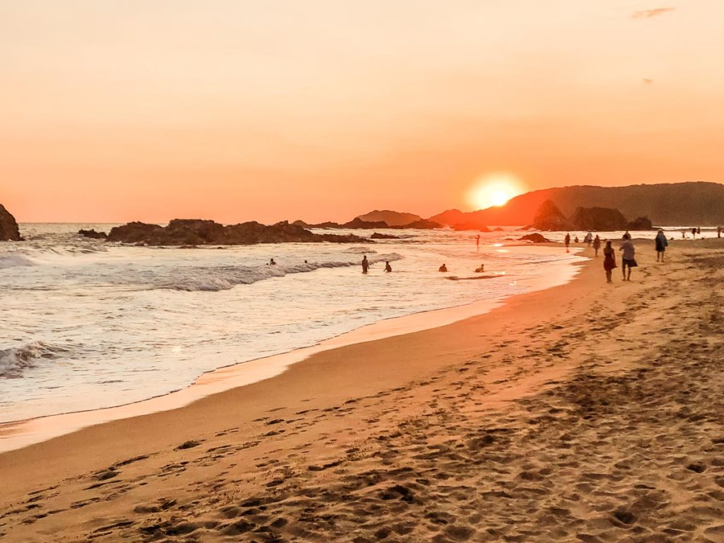 san agustinillo beach mazunte oaxaca travel guide