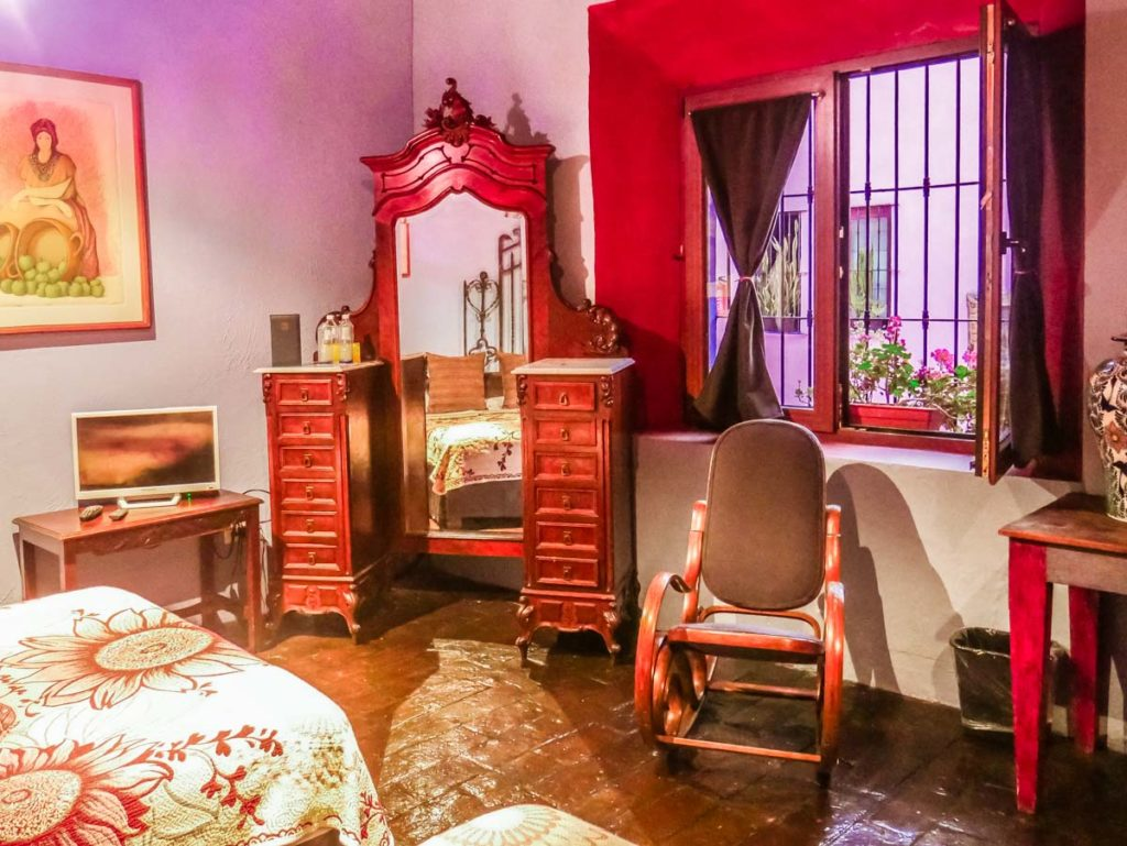 antique furniture in puebla hotel