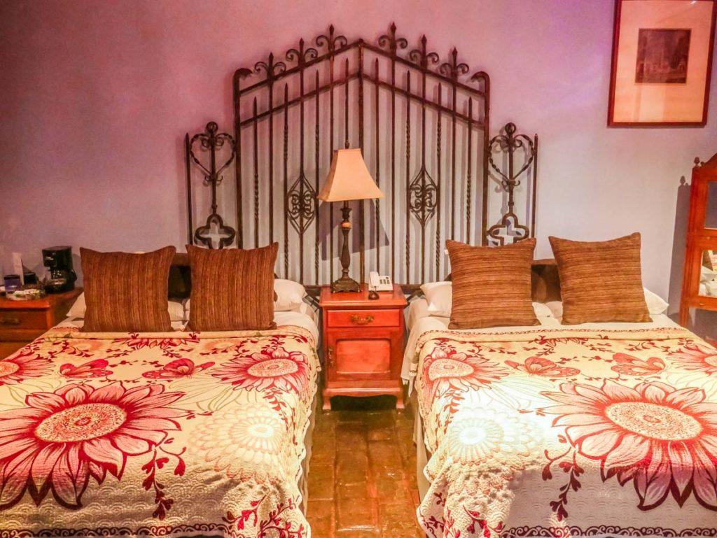 meson sacristia puebla hotel beds