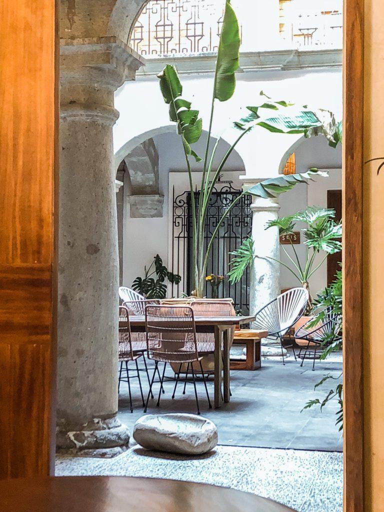 muss cafe in front of casa antonieta