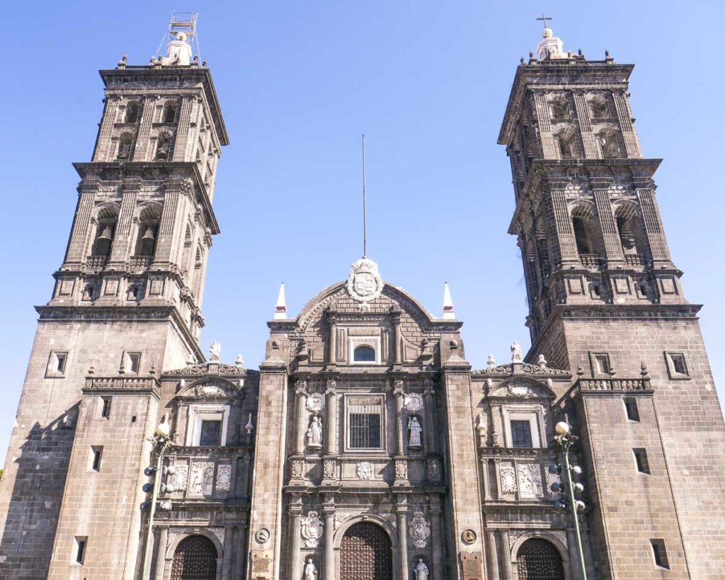 things to do in puebla the cathedral in the zocalo