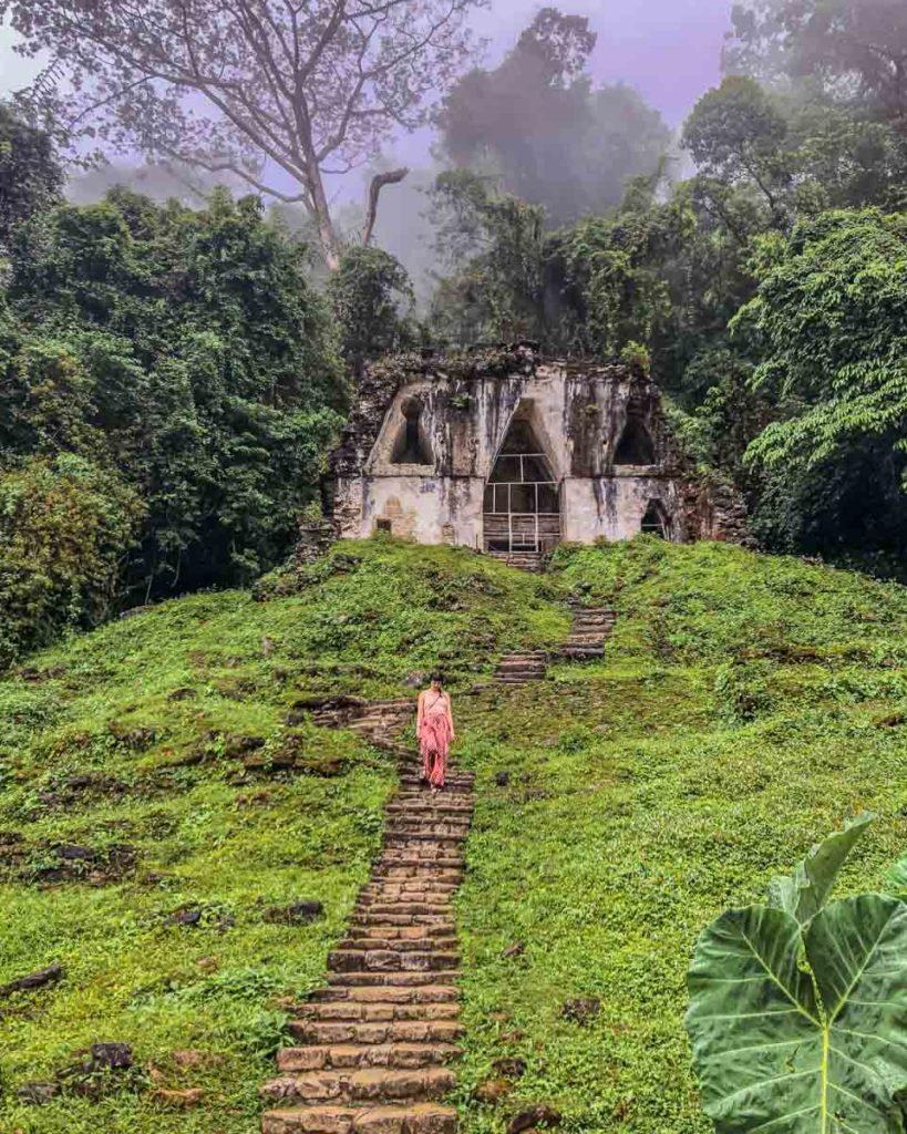 chiapas travel to palenque ruins