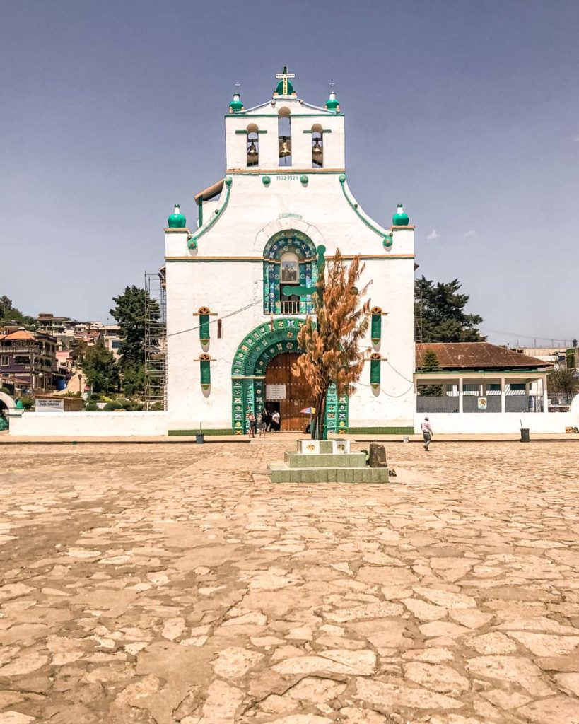 san juan chamula church things to do in san cristobal